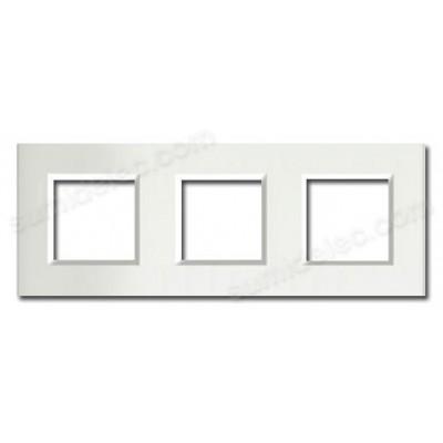 Marco blanco de 3 ventanas...