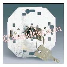 Pulsador conmutador con llave 250v simon 75520-39