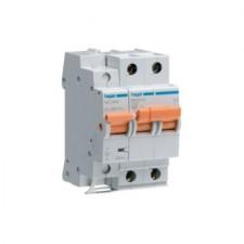 Interruptor automático + limitador sobretensiones permanentes MZ225V Hager