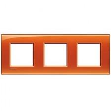 Marco BTicino deep naranja cuadrado de 3 ventanas LNA4802M3OD