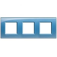Marco BTicino deep azul cuadrado de 3 ventanas LNA4802M3AD