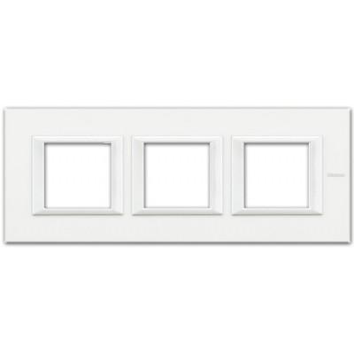 Marco recto blanco axolute BTicino HA4802M3HHD 3 ventanas