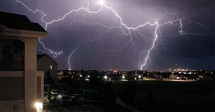 tormenta-electrica-con-rayos